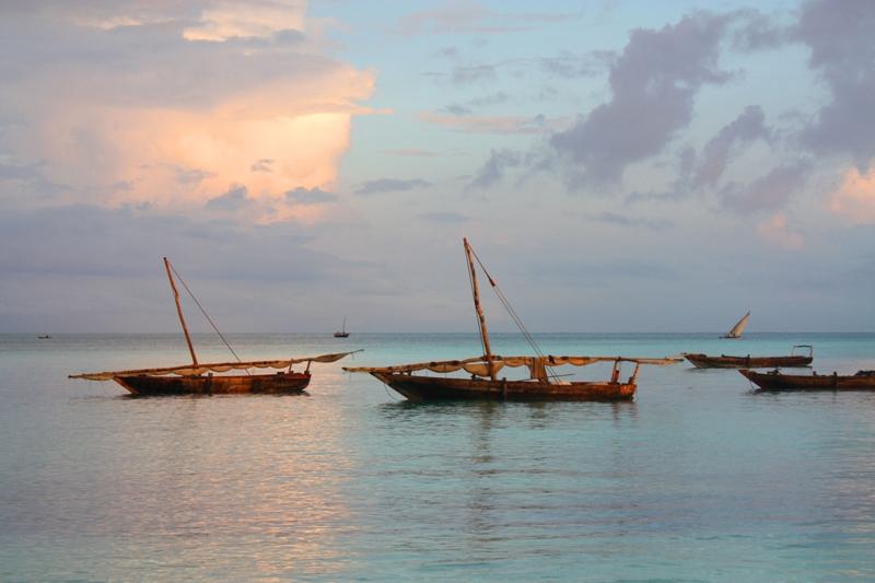 091216 Zanzibar Fishing boats