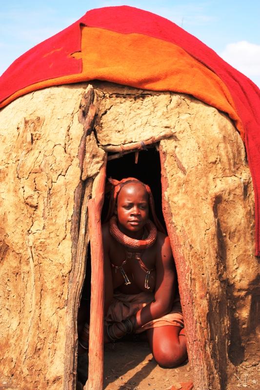 100118 Himba Hut