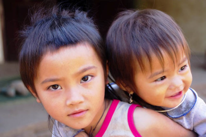Laos - Luang Prabang - Minority Village Children 4
