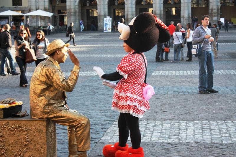 Madrid - Placa Mayor Performers
