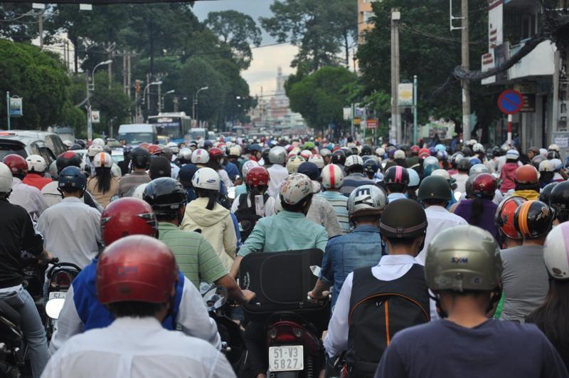 Feature-SaigonTraffic