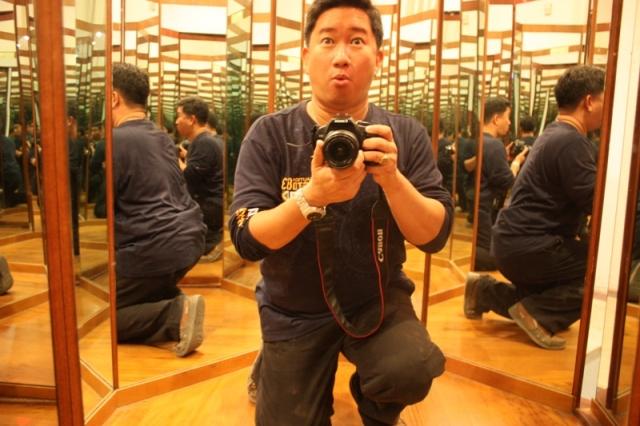 Rome - Da Vinci Museum - Hall of Mirrors