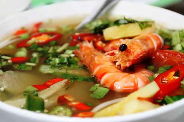 Vietnamese food - Sweet and sour soup