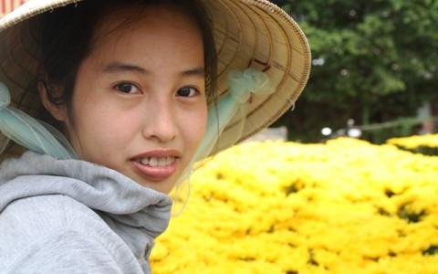 Tet Flower Lady