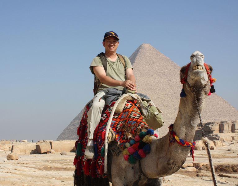 091202 Giza Camel