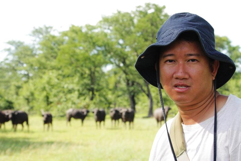 100101 Mosi Oa Tunya Buffaloes
