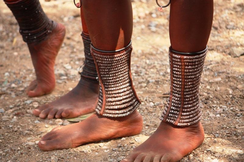 100118 Himba Feet 2
