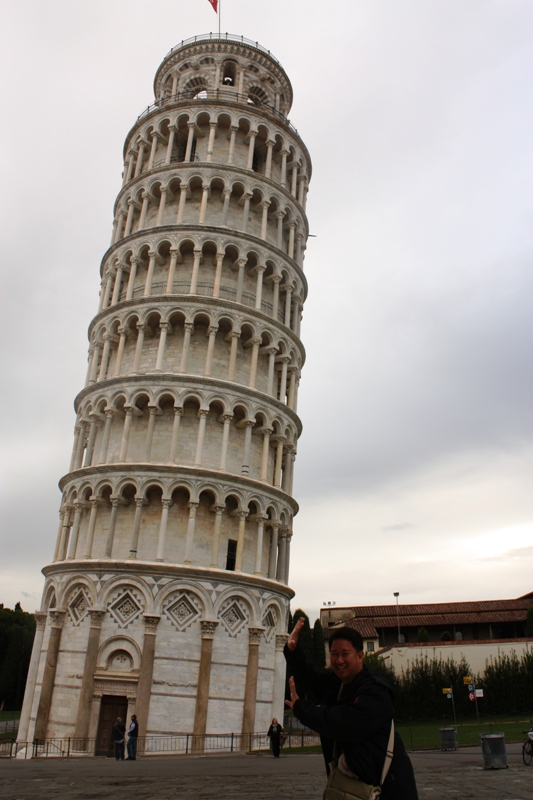 Pisa - Propping up the tower