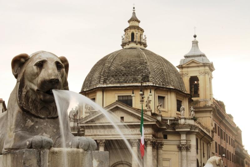 Rome - Piazza di Popolo Fountain