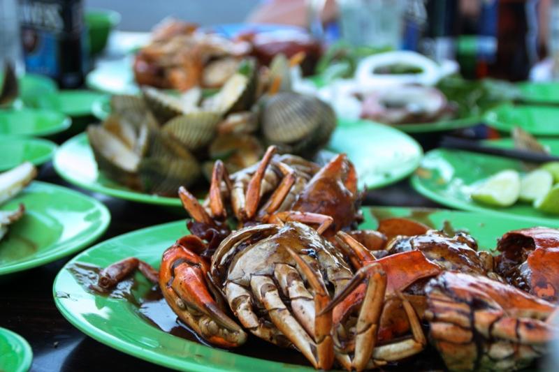 Nha-Trang-Beach-Grub-21