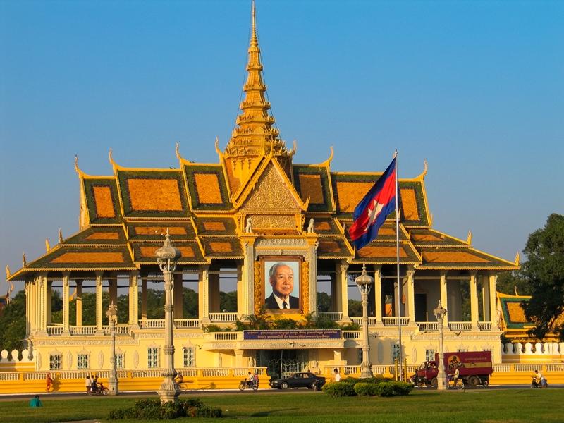 Phnom Penh Royal Palace by James Pham (5)